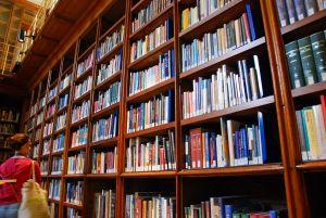 853296_books_photo_by_carlo-lazzeri.jpg