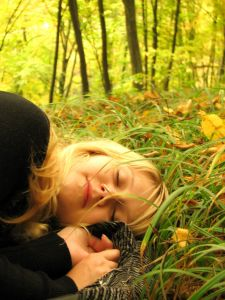 908019_forest_sleep_by_maxim_kourov.jpg